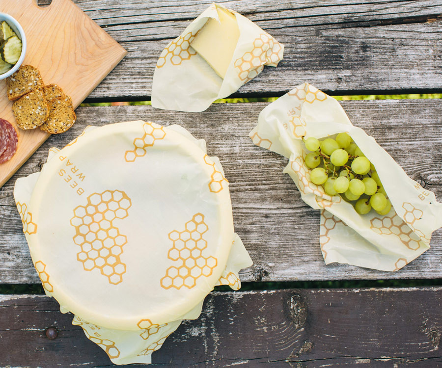 """Bee's Wrap"" an eco-friendly alternative to plastic wrap"